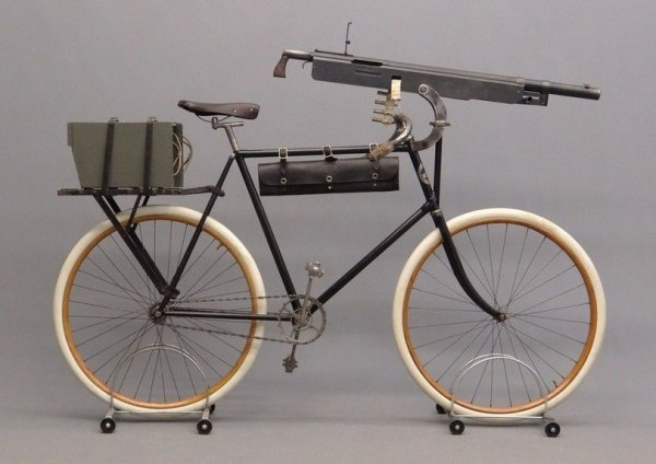 велосипед-вело-пулемет-3472472.jpeg