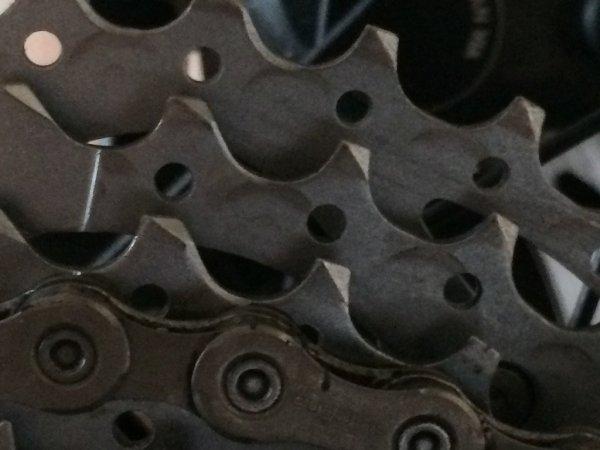 cassete chain marks.jpg
