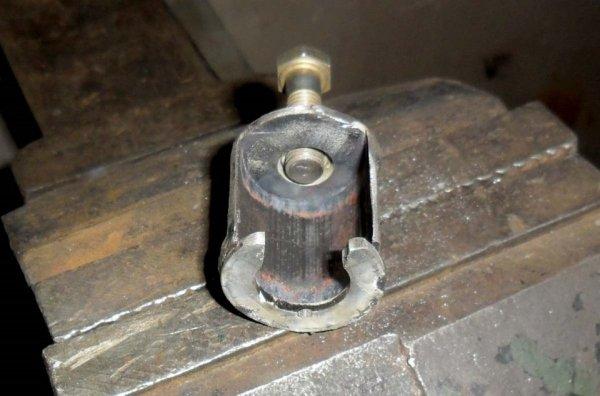 съемник рулевой тяги.jpg